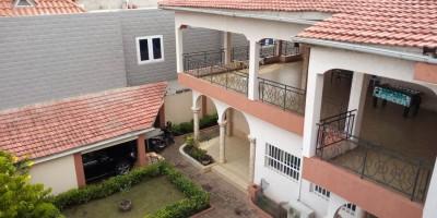 Grande villa duplex de 8 chambres + 2 salons